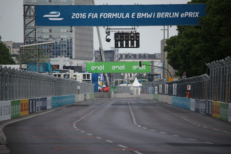 tv quoten so viele zuschauer sahen den berlin eprix der formel e bei dmax. Black Bedroom Furniture Sets. Home Design Ideas