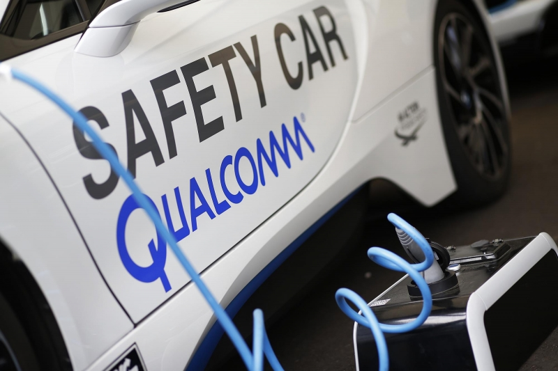 Qualcomm-Safety-Car-Wire