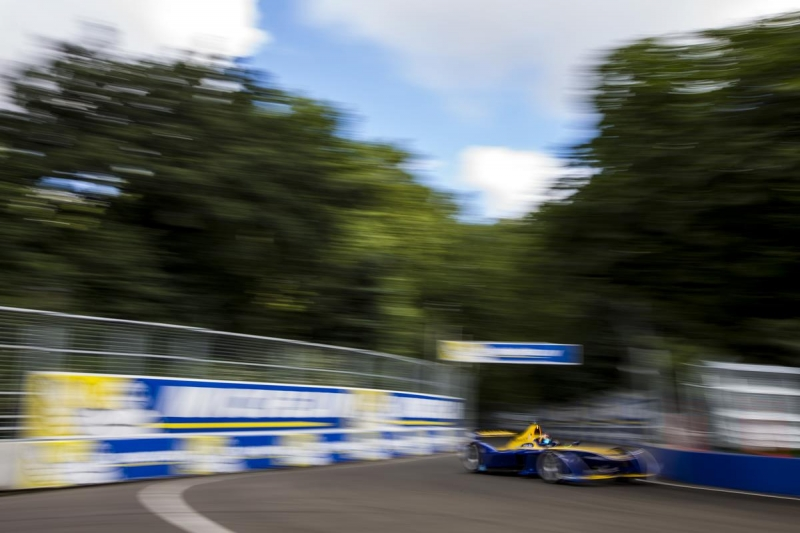 Sebastien-Buemi-e.dams-London-Car