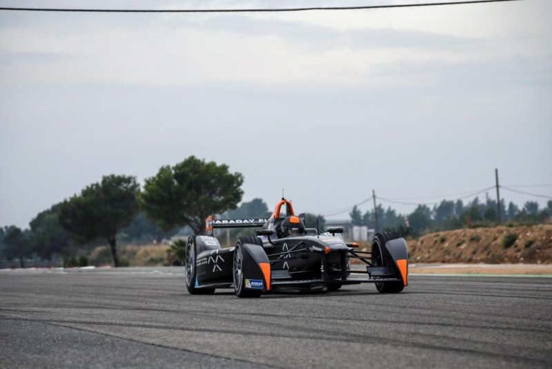 Bono-Huis-Formula-E-Test-Drive-Faraday-Future-Dragon