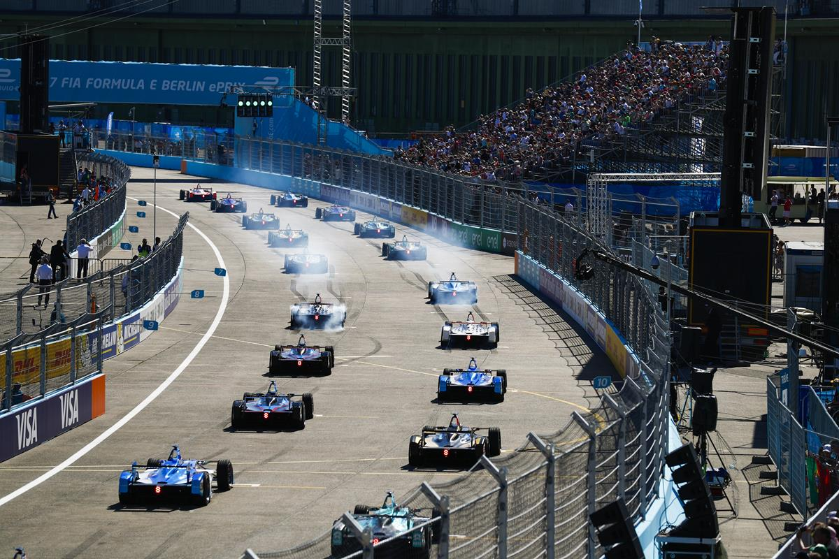 Formula-E-Cars-from-back-Grid-Berlin