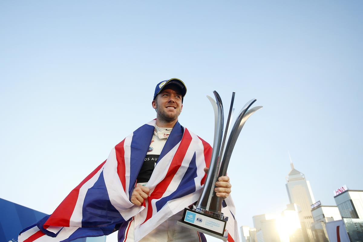 Sam-Bird-Podium-Hongkong-British-Flag