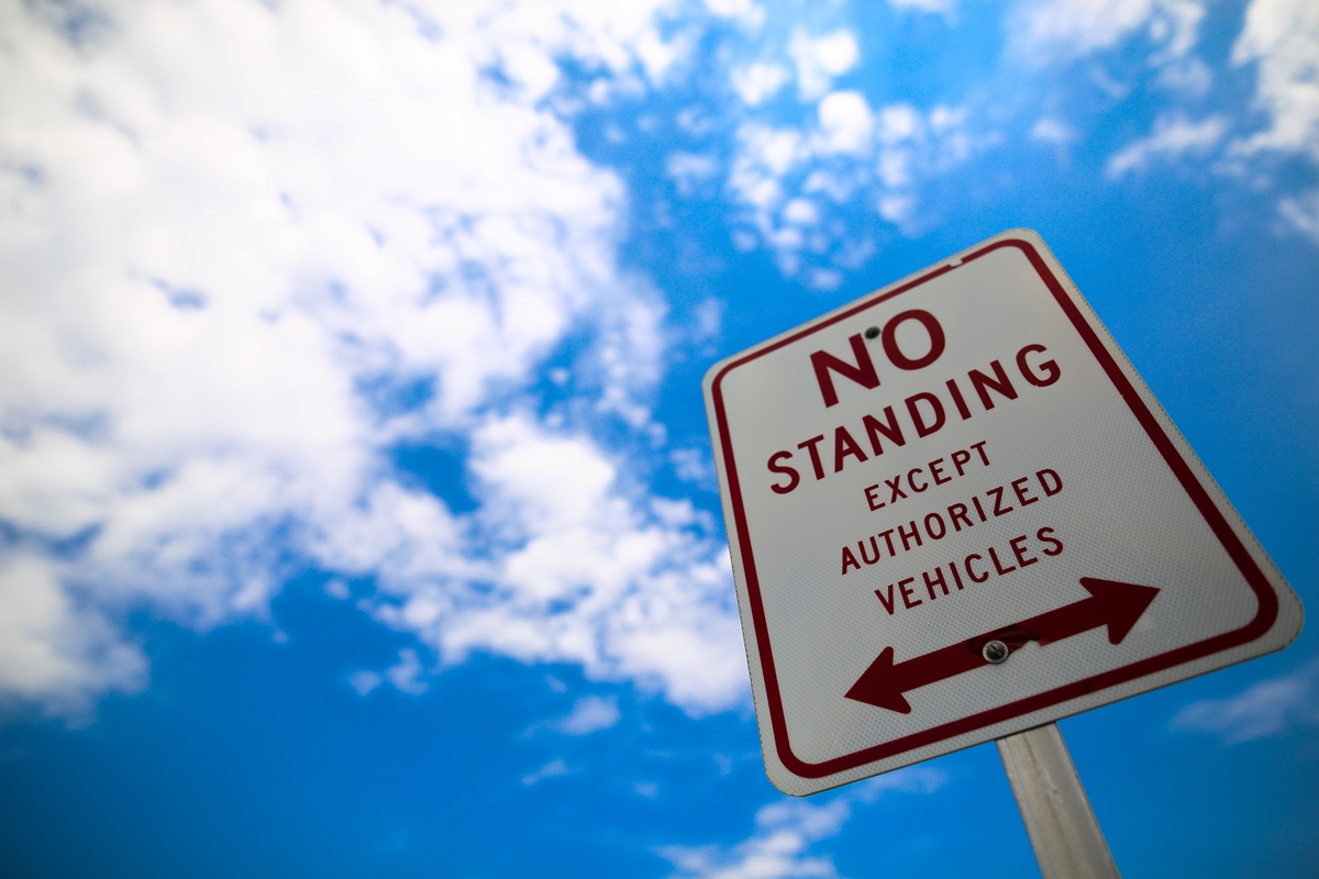 Sign-New-York-No-Standing.jpg