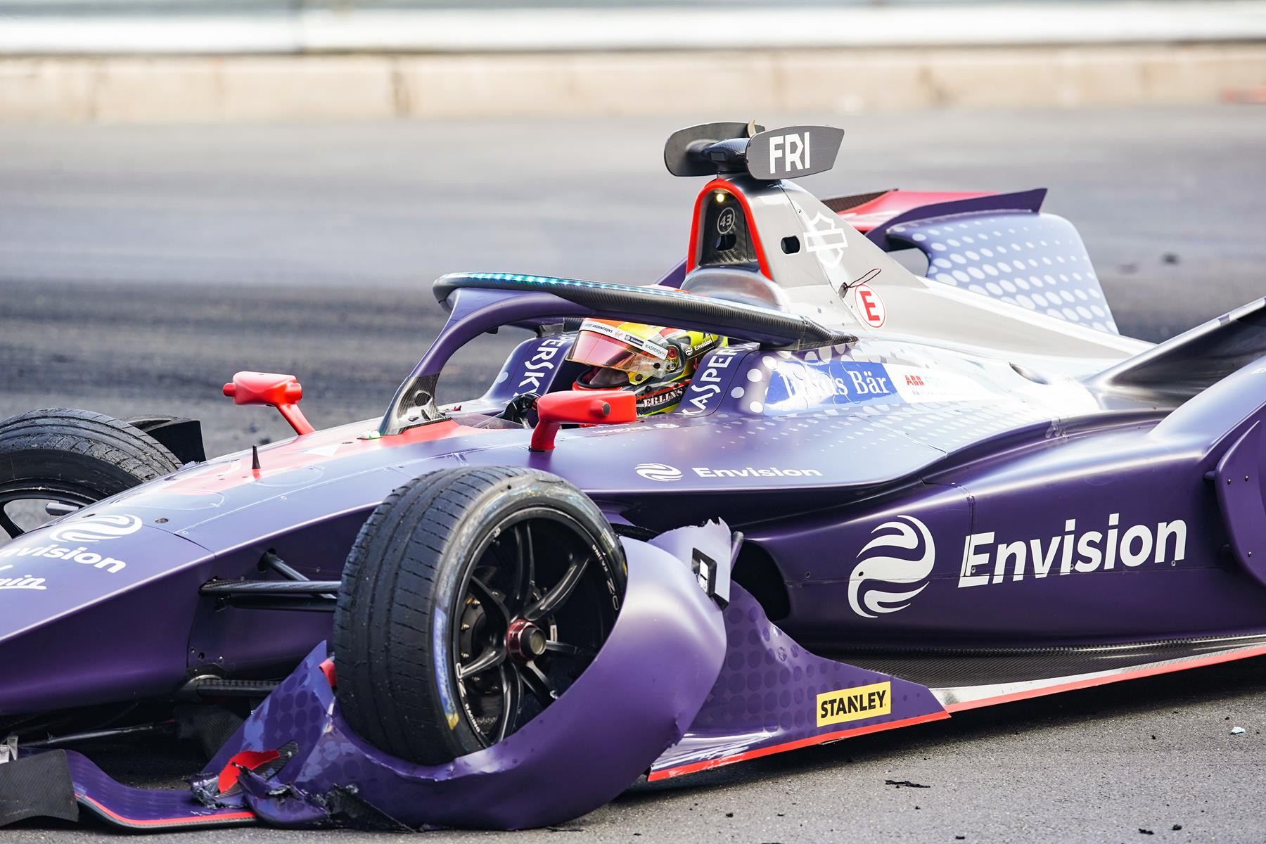 Robin-Frijns-Crash-Monaco