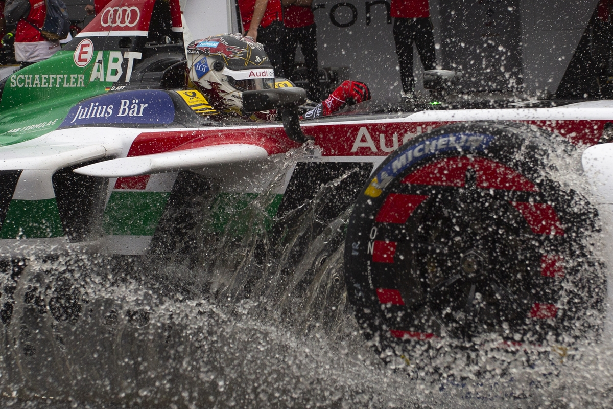 Abt-Water-Splash-New-York.jpg