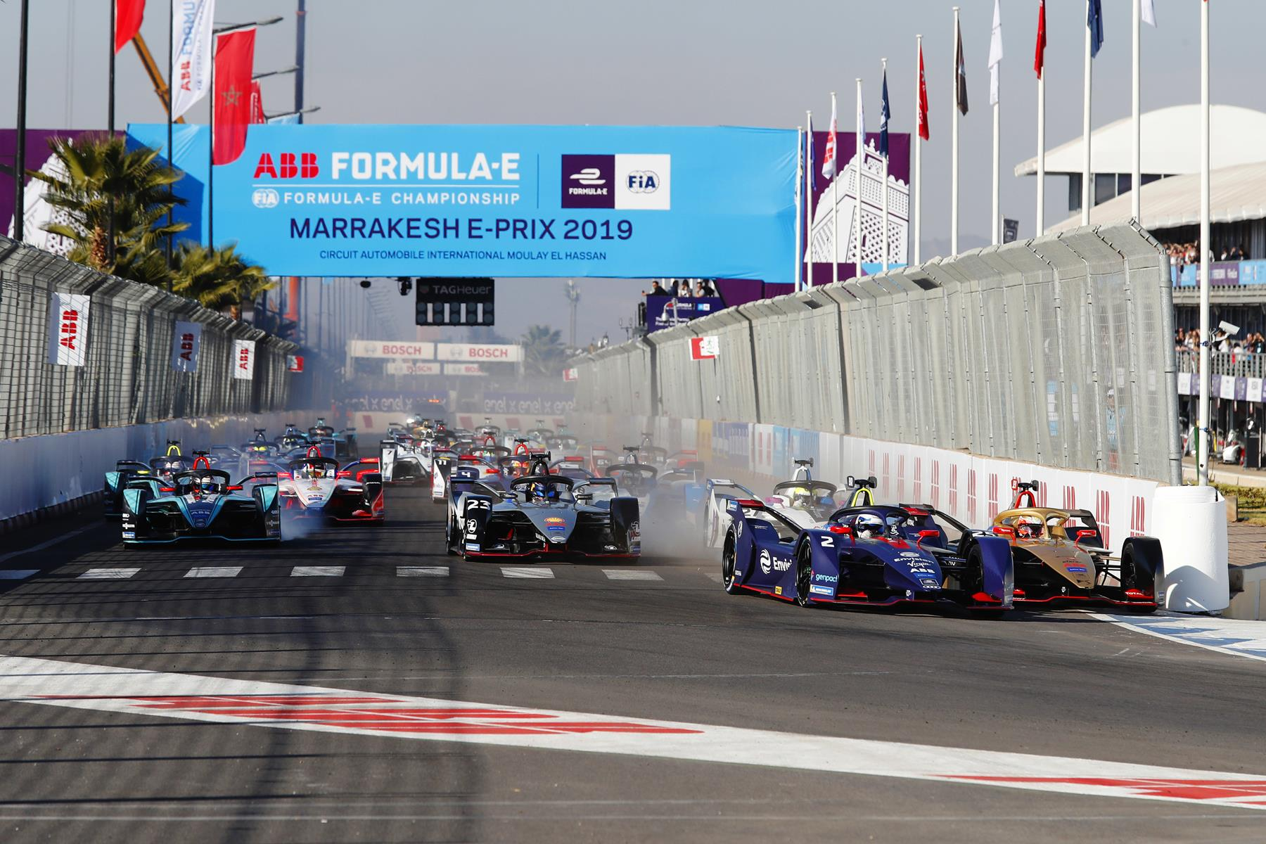 Bird-vs-Vergne-at-Start-in-Marrakesh