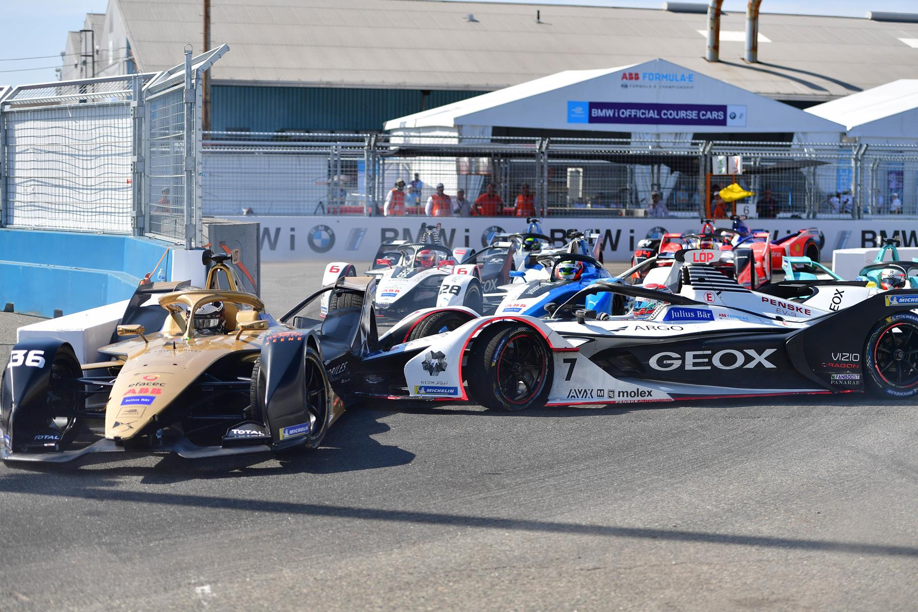 New-York-Formula-E-Chicane-Crash