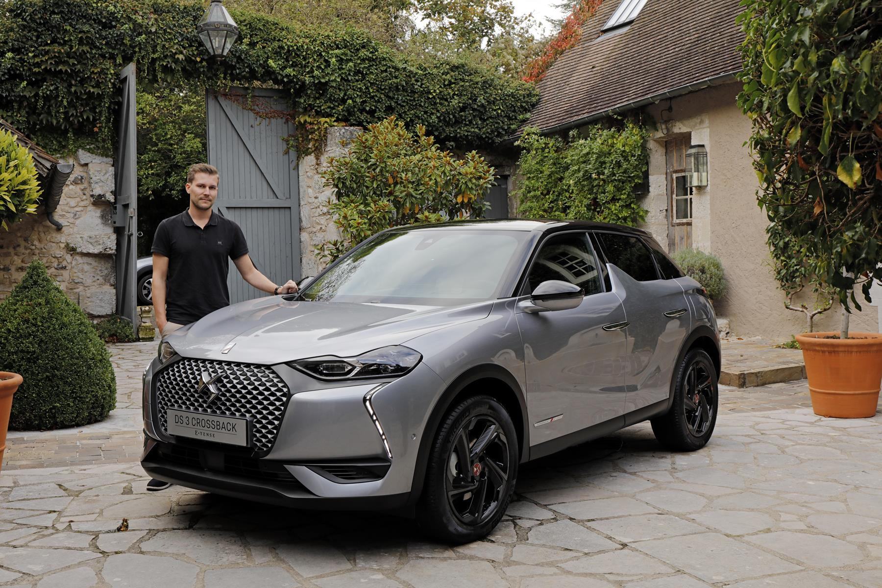 Timo-Pape-DS-3-Crossback-E-Tense-Test-Drive-France-2019