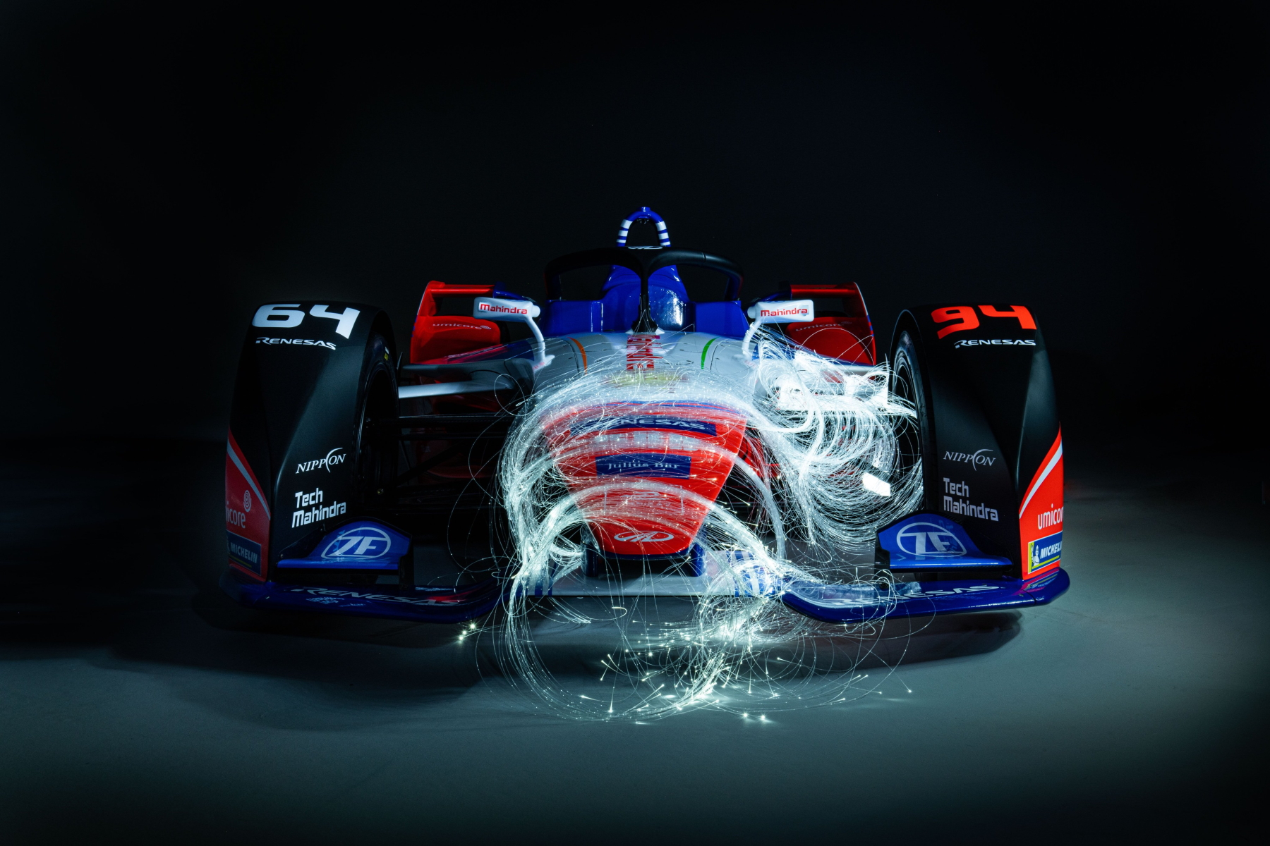 Mahindra Season 6 car photo art front view 1800px.jpg