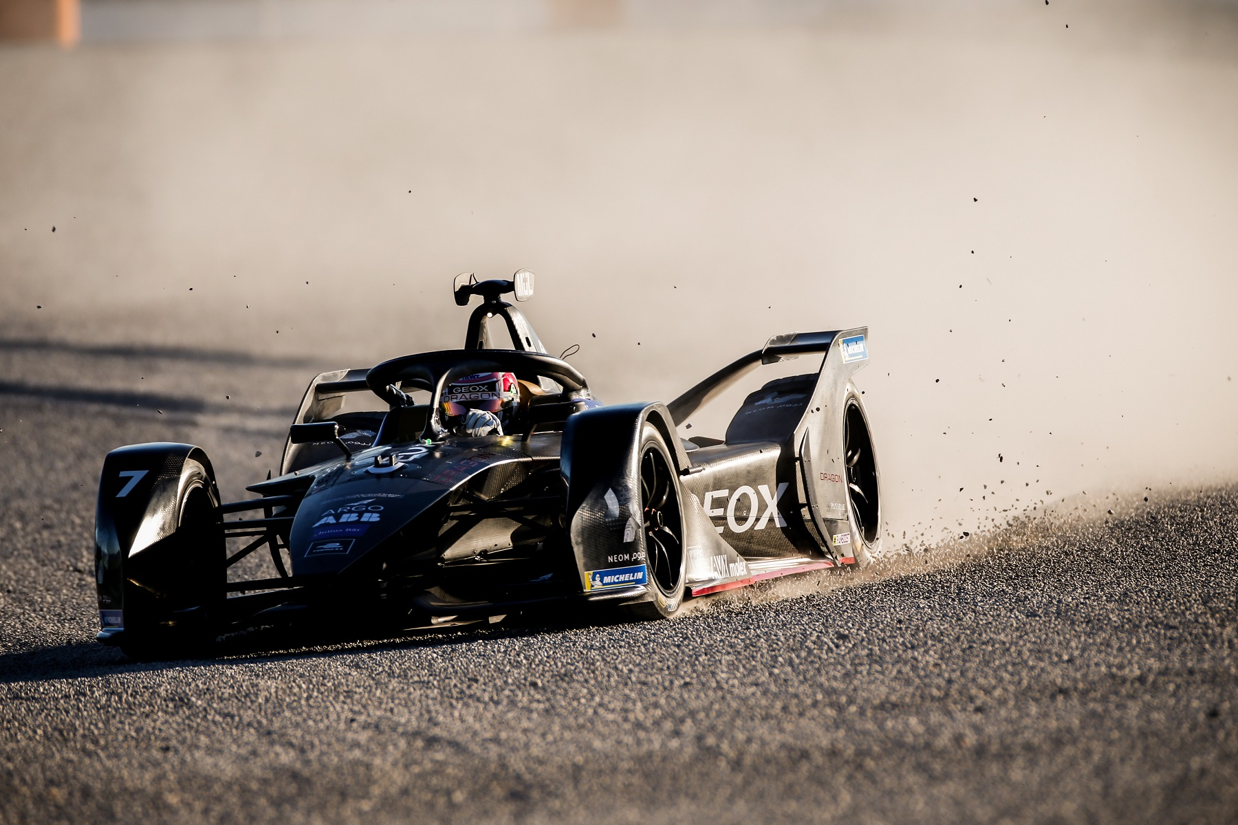 Nico-Müller-Geox-Dragon-Valencia-Test-Day-1-through-the-gravel