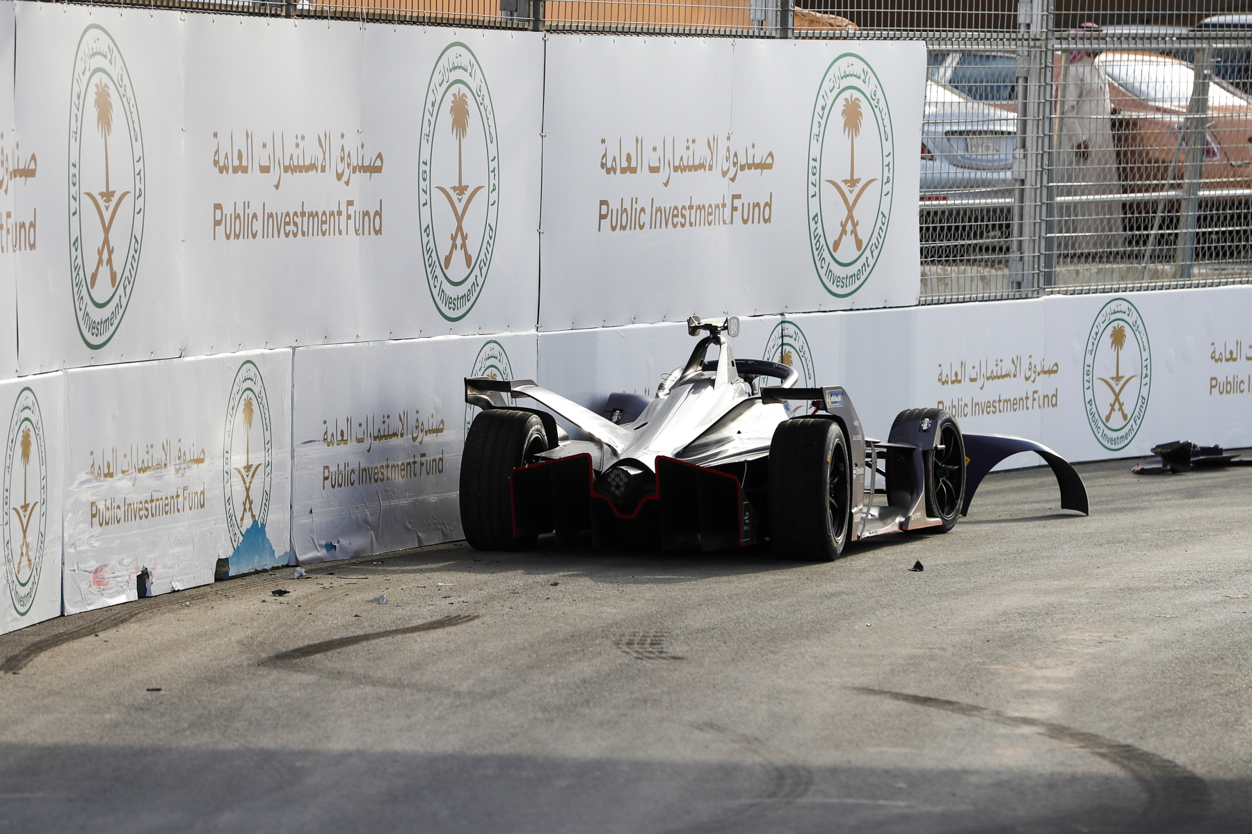 Sam-Bird-Crash-Formula-E-Diriyah