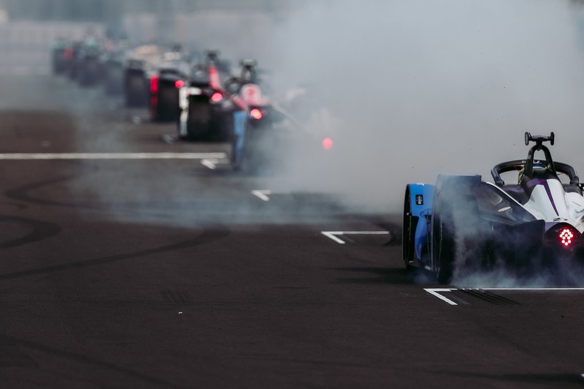 BMW-Burnout-Mexico-City-Start