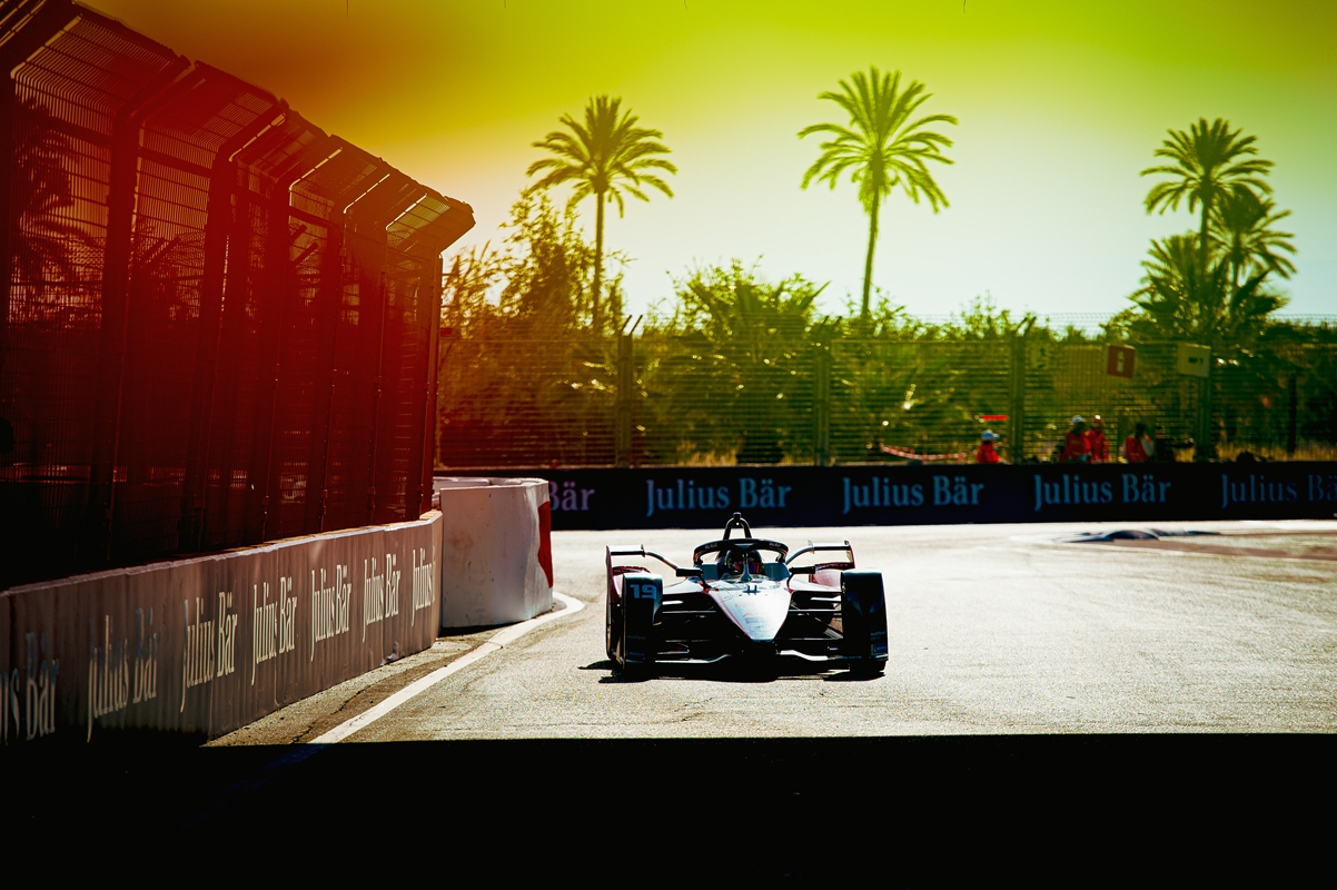Felipe-Massa-Venturi-Palm-Sunrise-Marrakesh