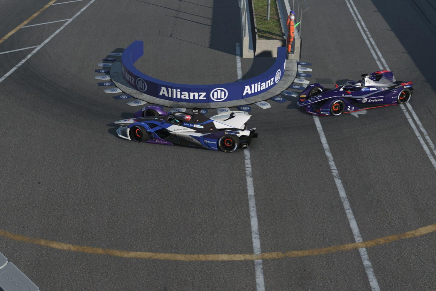 Maximilian-Günther-BMW-i-Andretti-Motorsport-Nick-Cassidy-Envision-Virgin-Racing-Drive-at-Home-Challenge-Hong-Kong-Harbourfront-Circuit-Hairpin