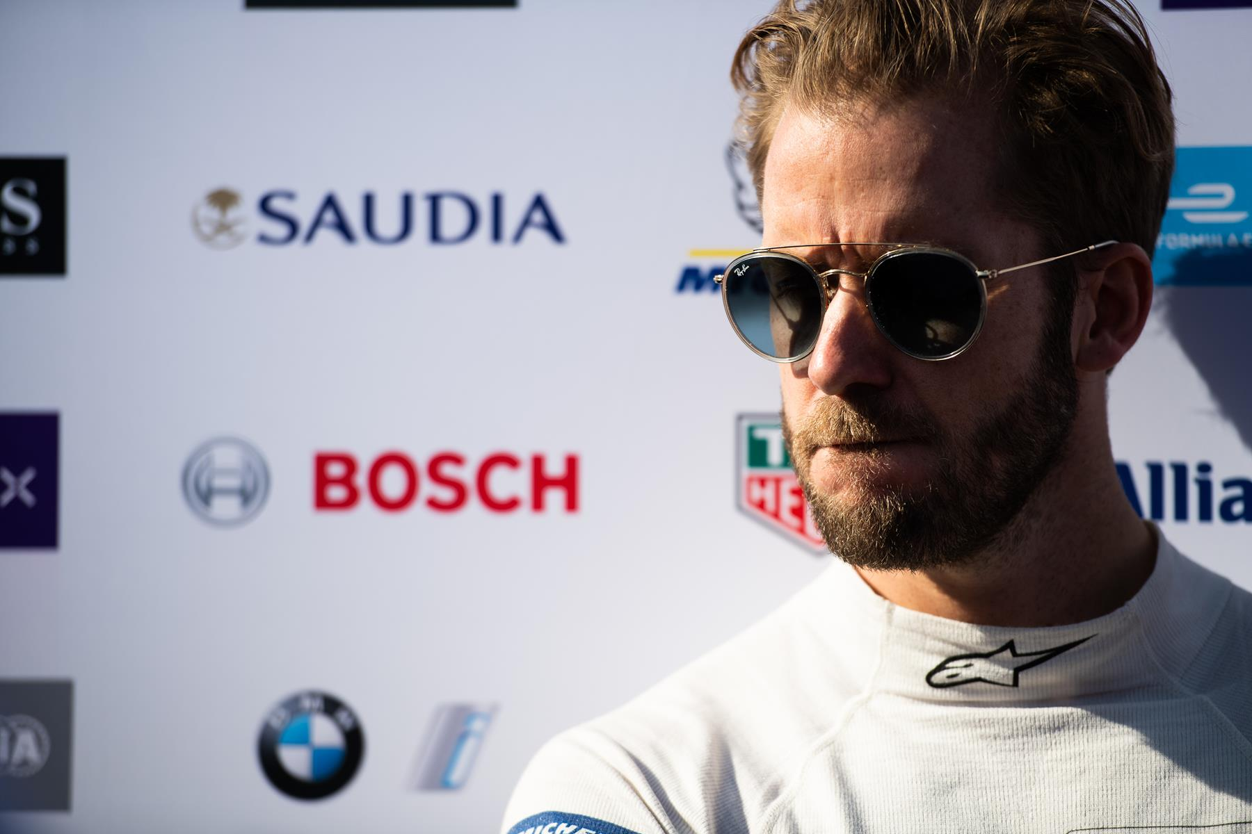 Sam-Bird-Envision-Virgin-Racing-Marrakesh-E-Prix-2020-face-sunglasses-in-the-sunlight-Spacesuit-Media-Lou-Johnson