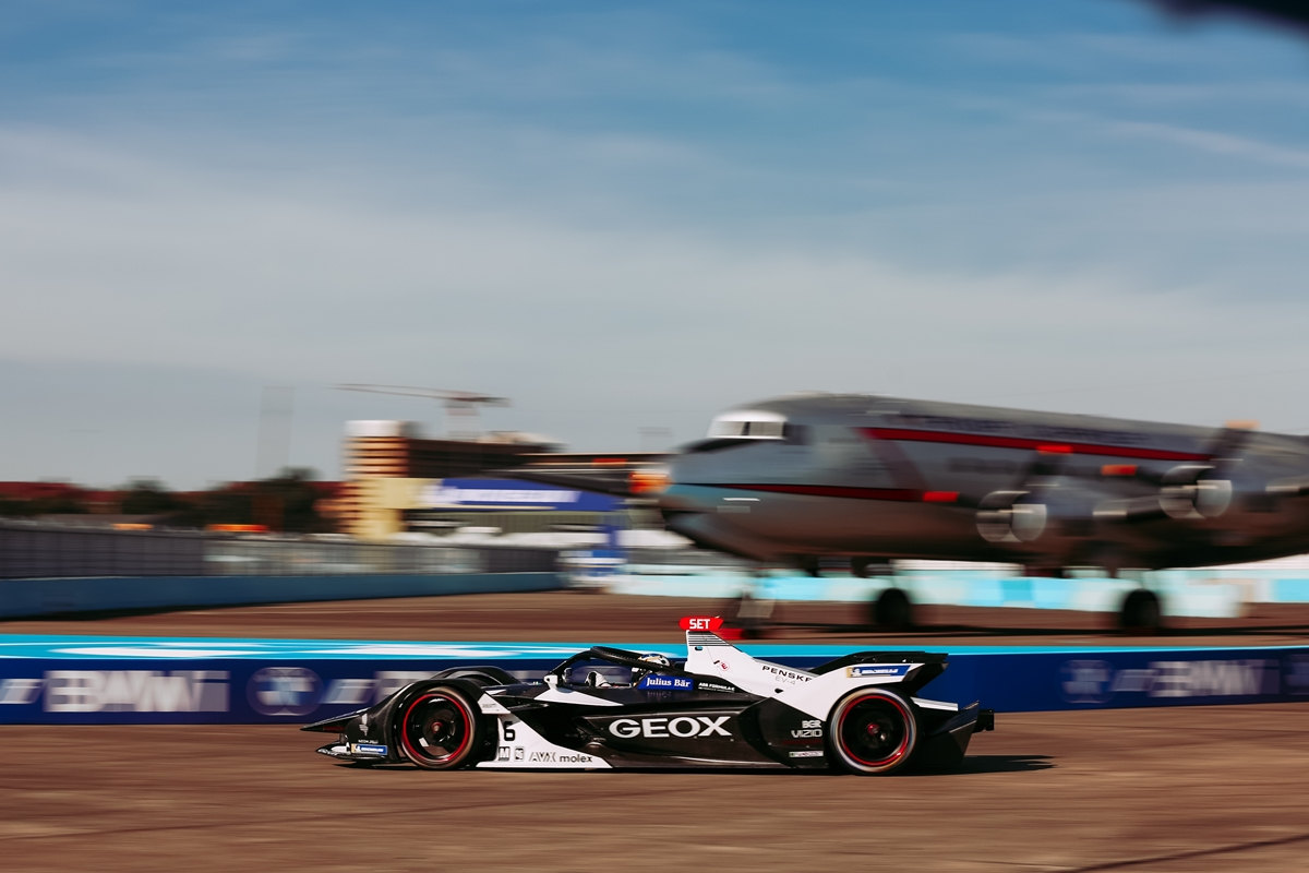 Sette-Camara-Dragon-Racing-Berlin-E-Prix-2020-Free-Practice-on-track