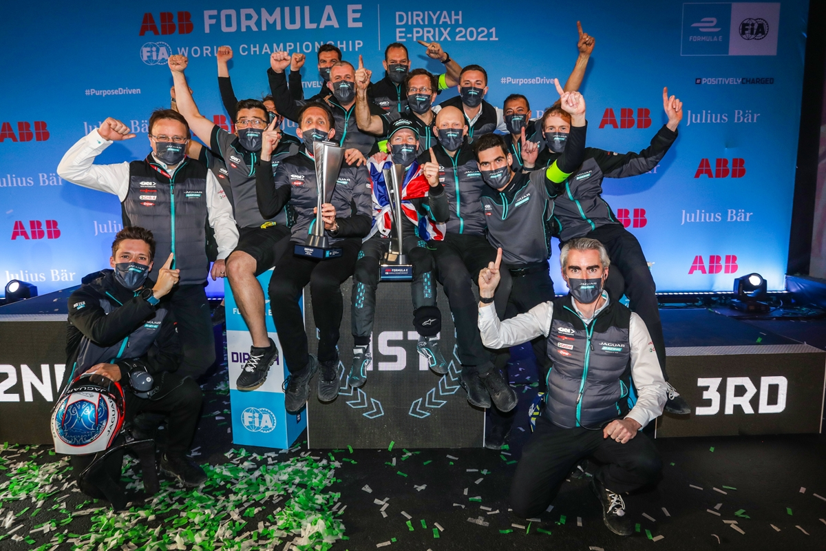 Jaguar-Celebrates-Victory-in-Saudi-Arabia