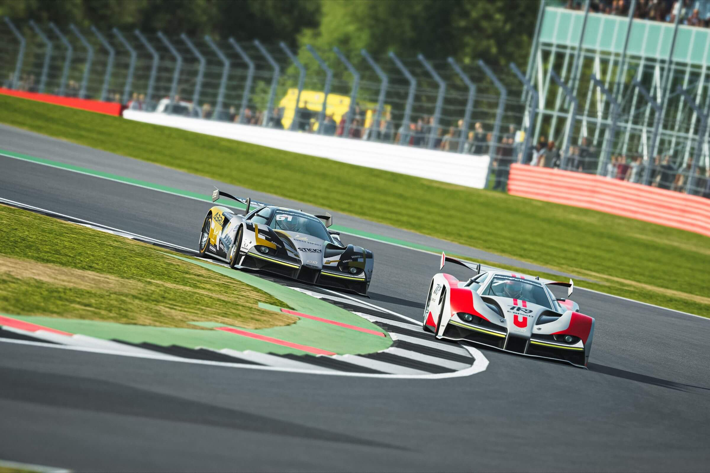 Simracing: Lasse Sorensen & Team TK9 E-SPEED gewinnen 1. World-eX-Rennen in Silverstone